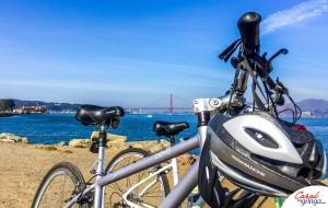 Começando o passeio de bike com a Golden Gate la atrás.