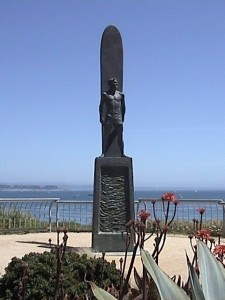Surfing Sculpture Fonte: cityofsantacruz.com