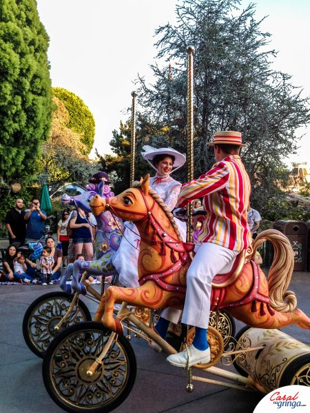 A tradicional parada da Disneyland